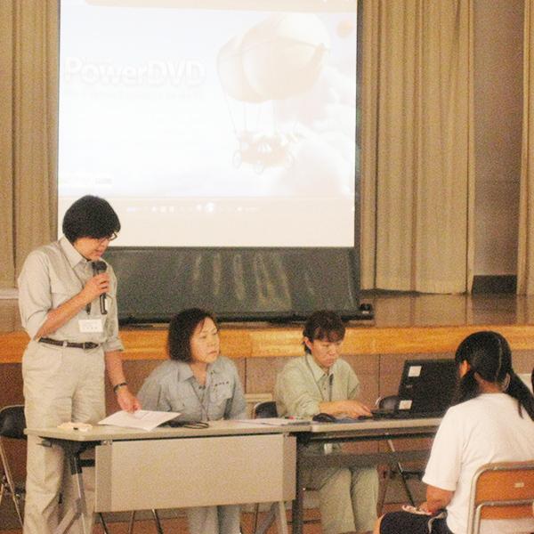 東小千谷中学校での出張PR